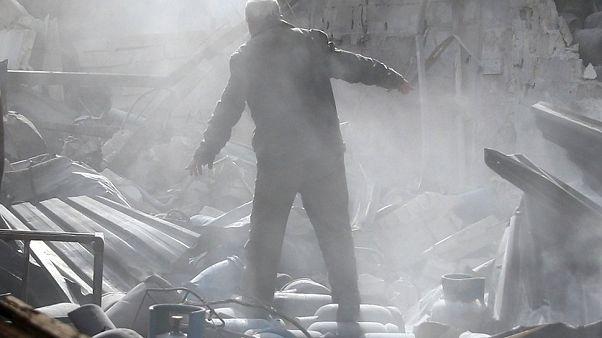 Εντείνονται οι βομβαρδισμοί στην Ανατολική Γκούτα