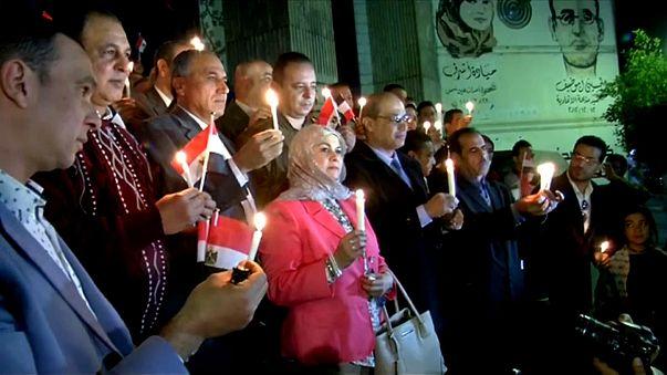 Egitto: giornalisti commemorano le vittime dell'attacco alla moschea sufi