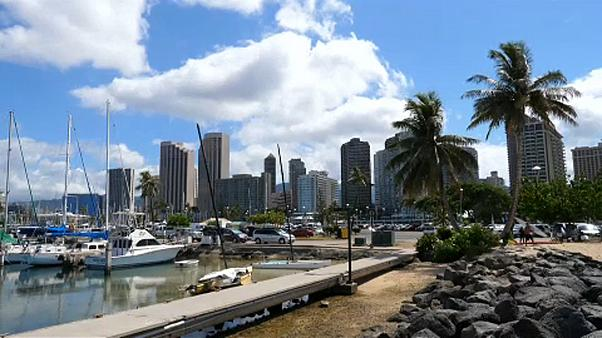 Újra felbőgnek a légvédelmi szirénák Hawaii-on