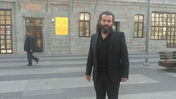Trabzon Belediyesi'ne söz verilen şike anıtını sordu: Yer gösterin biz dikelim