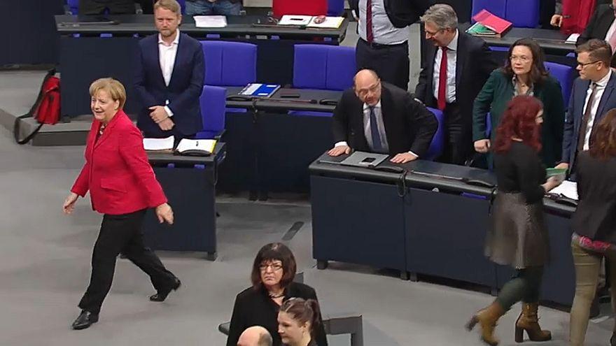 Germania: tensione nella grande coalizione dopo il sì al glifosato