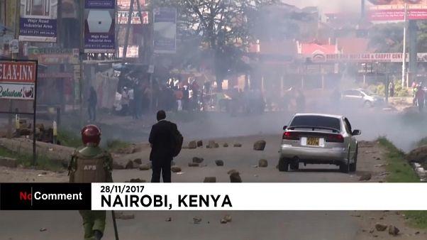 Unruhen bei Uhuru Kenyattas Amtseinführung