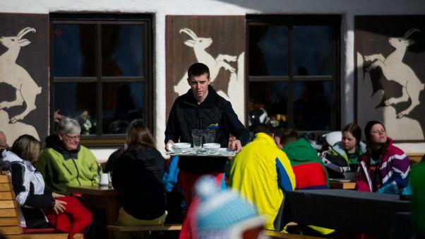Szakértők: maradnak a kelet-európai munkavállalók Ausztriában