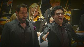 Hay muy pocos dúos para bajo y tenor, Rolando Villazón e Ildar Abdrazakov se atreven con ellos en Praga