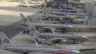 خلل فني يمنح جميع طياري الخطوط الجوية الأميركية عطلا نهاية العام