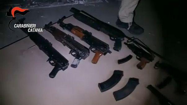 Hatéves drogterjesztőt is elfogott a szicíliai rendőrség