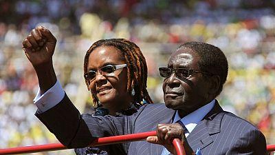 Zimbabwe : salaire à vie, indemnités de départ à millions de dollars... le parachute doré de Mugabe