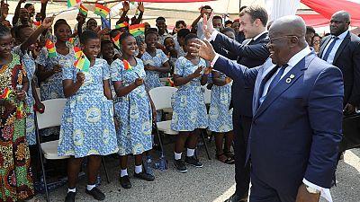 """Réussir en Afrique plutôt que """"mendier"""" l'aide : les présidents ghanéen et français à l'unisson"""