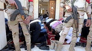 Egypte : foule de fidèles dans une mosquée une semaine après un massacre