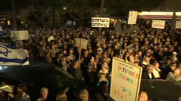 İsrail'de yolsuzluk karşıtı gösteri: Altı kez sorgulanan başbakan Netanyahu'ya istifa çağrısı