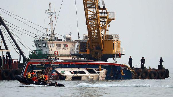 Fishing Boat sinks in South Korea