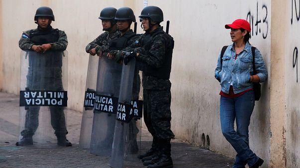 Honduras unter Hochspannung: Warten aufs Wahlergebnis