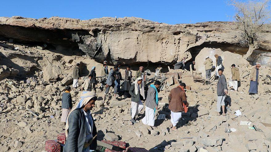 Yemen: dozens killed in fierce fighting over weekend