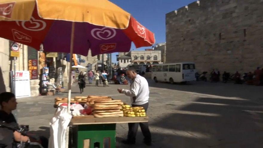 Trump continua indeciso sobre capital israelita