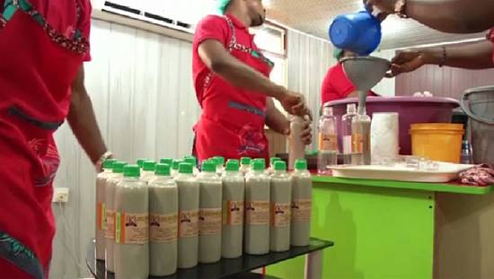 Nigeria drinks festival opens import-driven market for local producers [no comment]