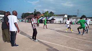 Les «Petits poteaux», sport national en Côte d'Ivoire