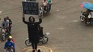 """Cameroun-colonisation : la démolition de l'oeuvre """"du pardon"""" fait débat"""