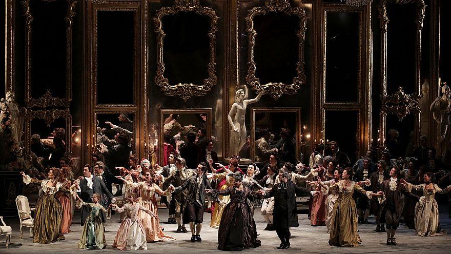 La Scala açılışını Andrea Chernier operasıyla yaptı