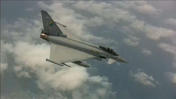 Catar firma con el Reino Unido la compra de 24 cazabombarderos