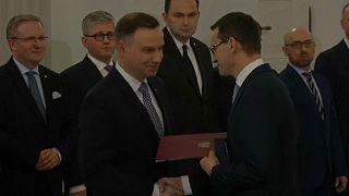 Polonia: governo al lavoro dopo il giuramento