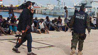 Amnesty: kínzást és emberrablást finanszíroz az EU Líbiában