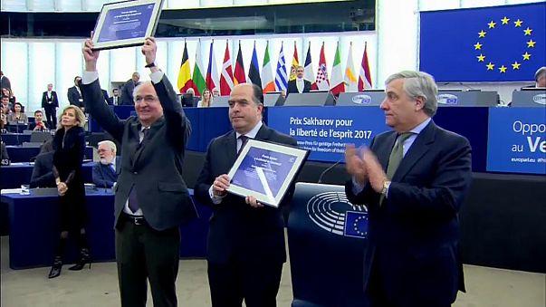 """""""Breves de Bruxelas"""": cerimónia Sakharov e apoio ao divórcio do Brexit"""