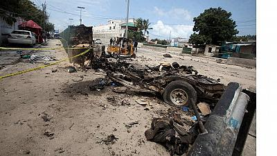 Suicide bomber uses police disguise in attack that kills 15 officers in Somalia