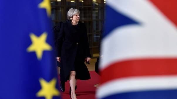 Brexit em 2ª fase de negociações