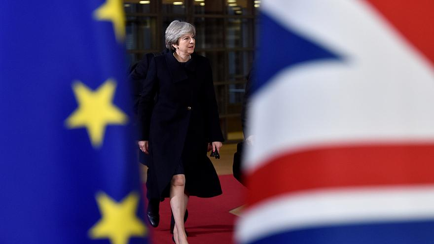 EU leaders approve second phase of Brexit talks