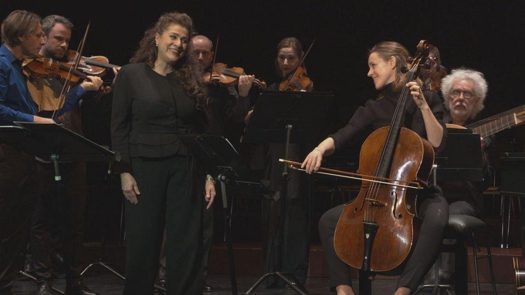 Cecilia Bartoli e Sol Gabetta: uma voz, um violoncelo e um dueto brilhante