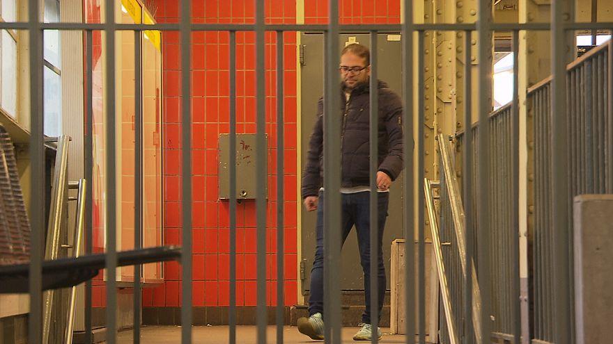 Torturés en Syrie, ils réclament justice en Allemagne
