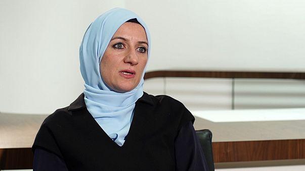 Syrische Folteropfer brauchen Zeugenschutzprogramme und Familienzusammenführung in Deutschland