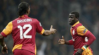 Galatasaray tend la perche à Emmanuel Eboué