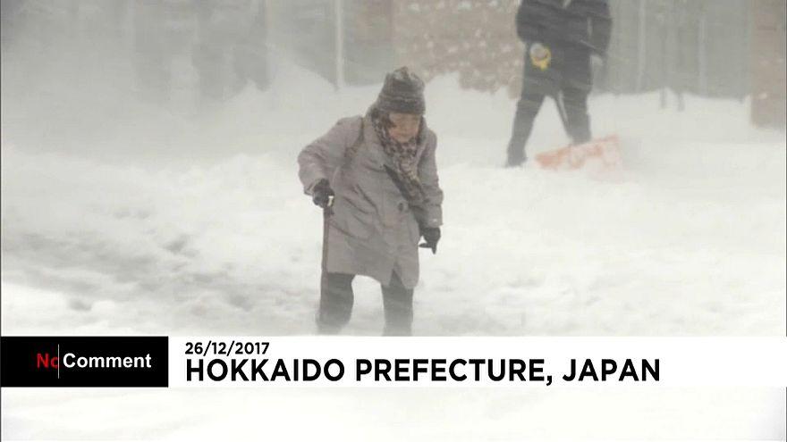 برف و بوران شدید در ژاپن