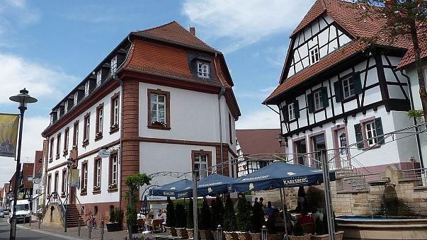 Schock und Wut: 15-Jährige von Ex-Freund (15) bei Karlsruhe erstochen