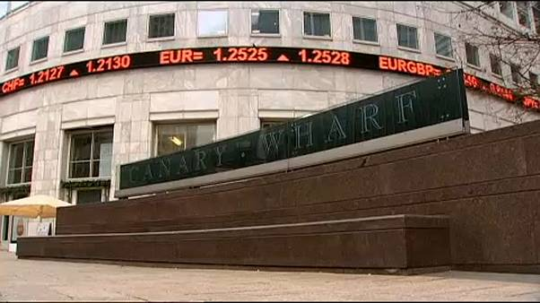 Μεγαλύτερη διαφάνεια στις χρηματοπιστωτικές συναλλαγές επιδιώκει η ΕΕ