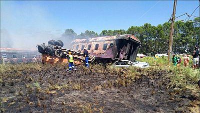 Au moins 14 morts dans un déraillement de train en Afrique du Sud