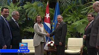 Castro y Mogherini se reúnen La Habana