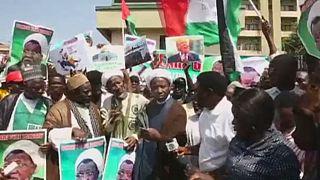 Nigerian police fire teargas on Shi'ite demonstrators