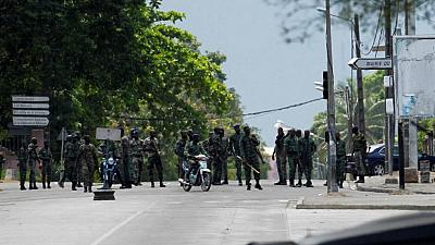 Soldiers attack and burn military base in Ivory Coast