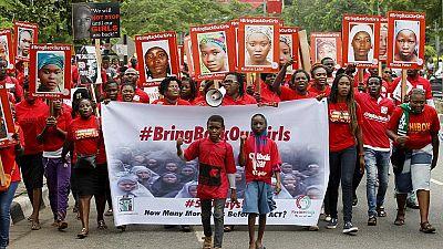 """Vidéo de Boko Haram : """"Nous ne reviendrons pas"""", affirment des lycéennes de Chibok enlevées au Nigeria"""