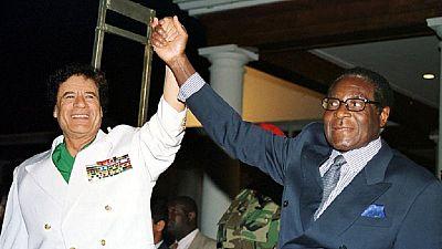 """Avant sa démission, Mugabe a été menacé d'être """"lynché comme Kadhafi"""""""