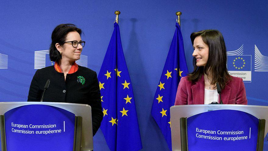 """Bruselas lanza la batalla contra las """"fake news"""""""