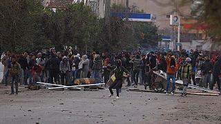 Manifestations en Tunisie : plus de 930 personnes arrêtées