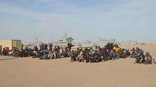 1,400 migrants rescued at sea,2 bodies recovered-Italian coastguard
