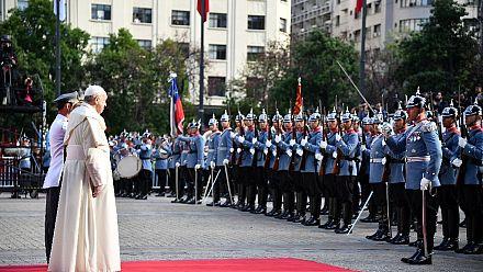 Chili : des manifestations dispersées à Santiago lors de la visite du Pape [No Comment]