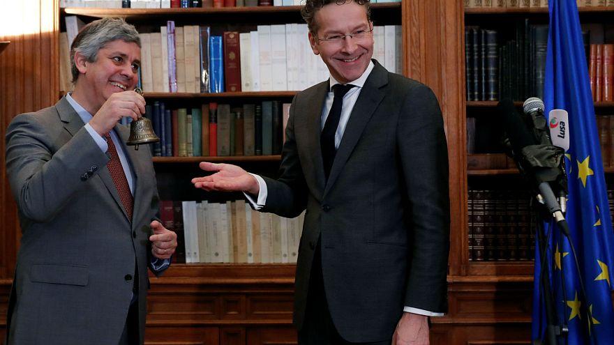 Mario Centeno junto a su predesor