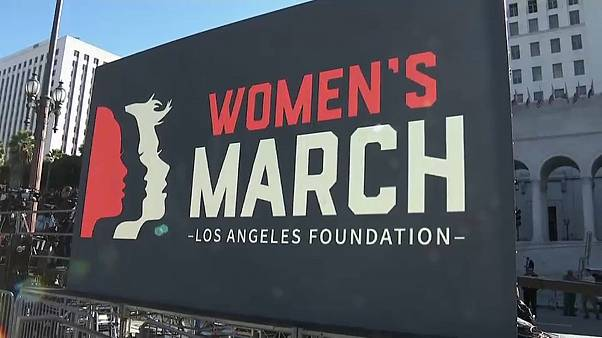 """Второй """"Марш женщин"""" собрал сотни тысяч человек"""