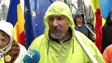 Yolsuzluk protestolarına katılmak için 450 km yol yürüdü
