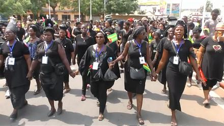 Thousands of Togolese women march in anti-Gnassingbe protests [No Comment]